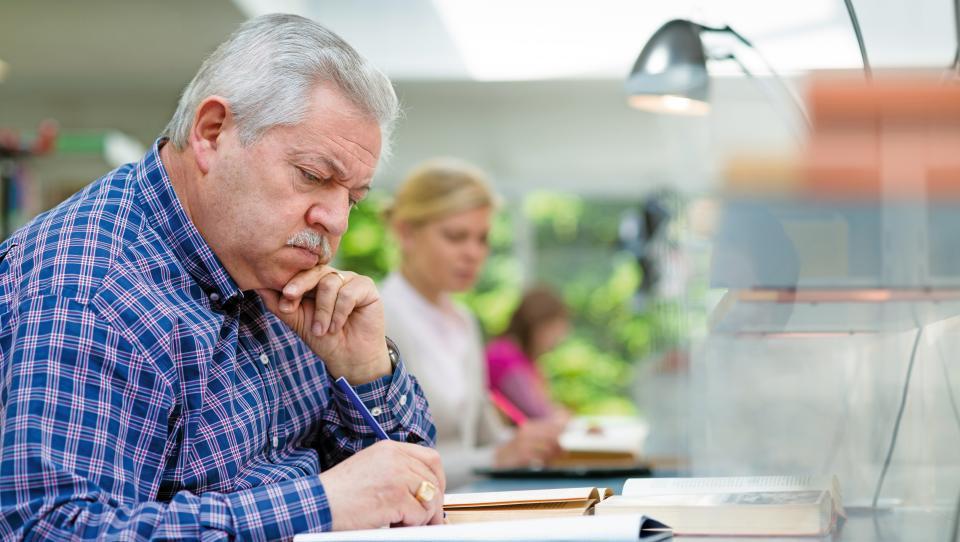 Starostnih upokojencev lani 4,1 odstotka več kot leto prej