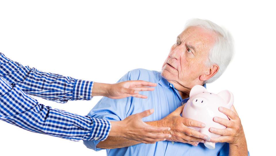 Zakaj z državo ni vedno dobro prehitro sklepati pokojninskih kupčij