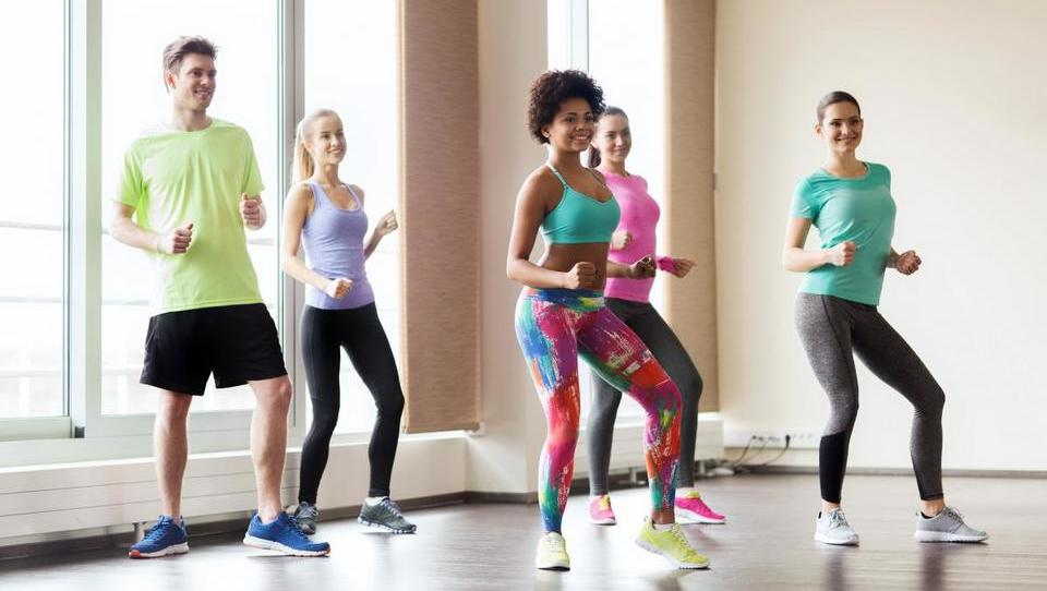 Dieta in telesna vadba lahko zmanjšujeta simptome astme
