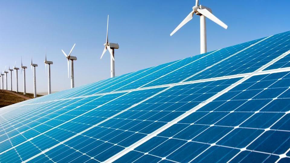 Savdijci bodo vložili 50 milijard dolarjev v obnovljivo energijo