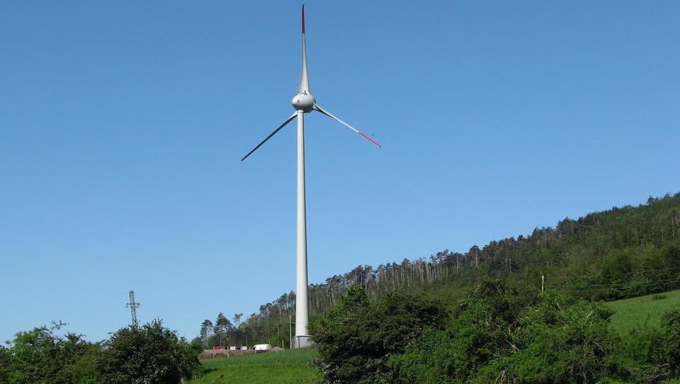 (odziv) Zakaj imamo tako malo vetrnih elektrarn