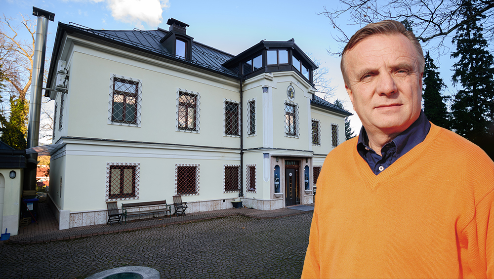 Na dražbo dvorec Franca Riemerja v Slovenskih Konjicah