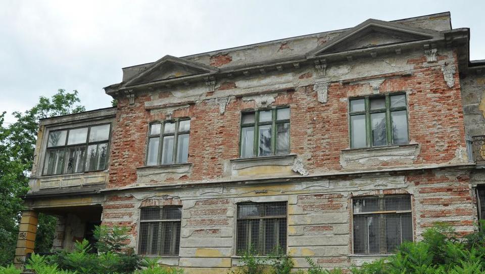 V nesojeni grški ambasadi v Ljubljani bodo stanovanja