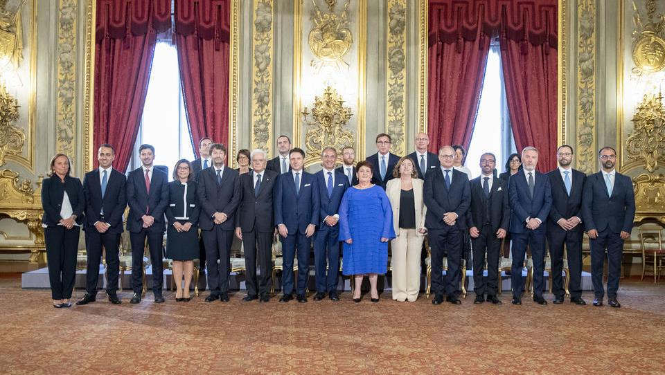 V Italiji je prisegla nova vlada: koga ima premier Conte v ekipi in kakšen je program