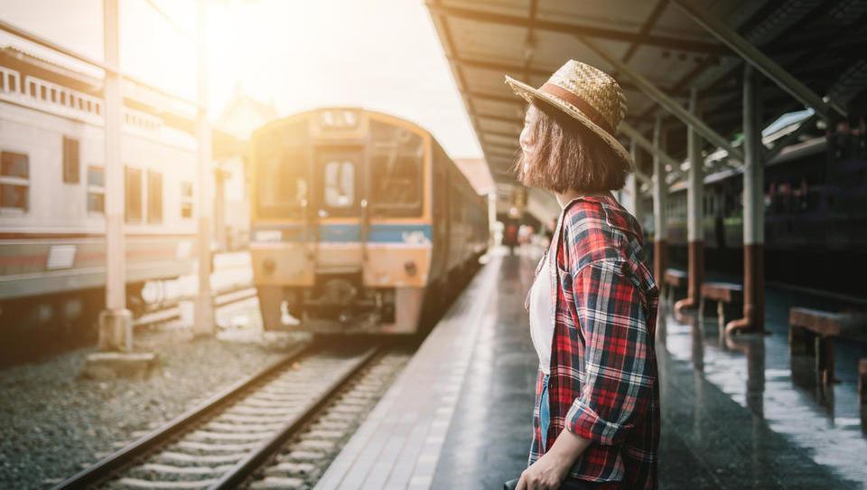 Mladi, prijavite se za brezplačne vozovnice za potovanje po Evropi