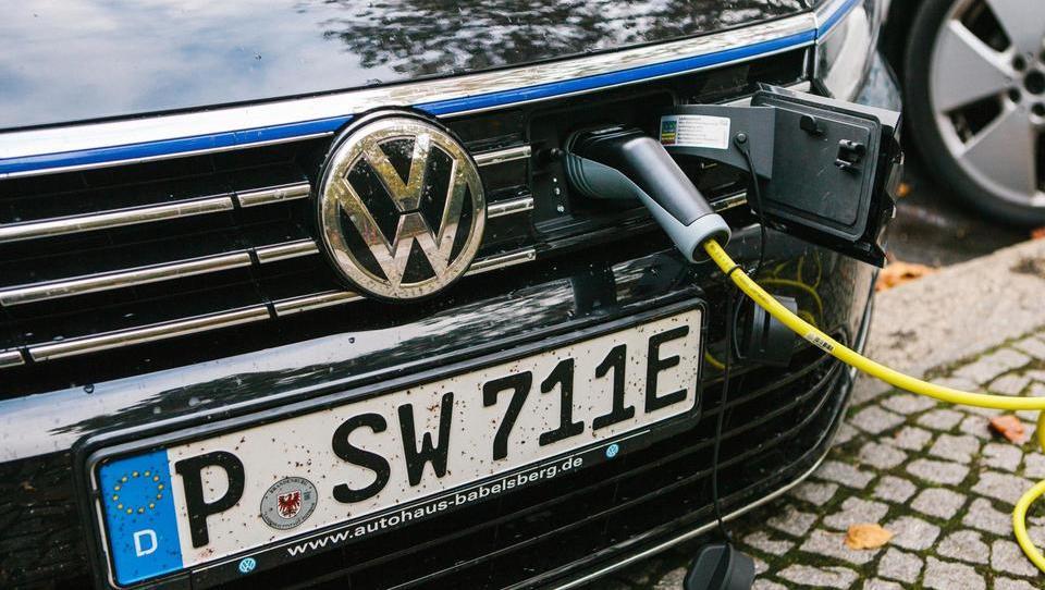 Volkswagen bo vložil štiri milijarde dolarjev v digitalizacijo