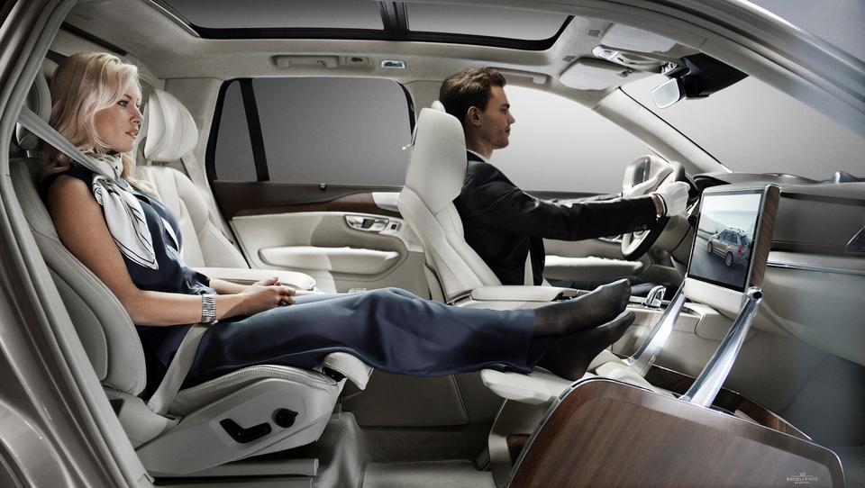 Volvo povzdiguje luksuz na novo raven