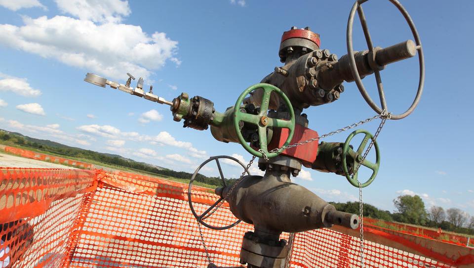 Arso: Za hidravlično lomljenje na Petišovskem polju potrebna presoja vplivov na okolje