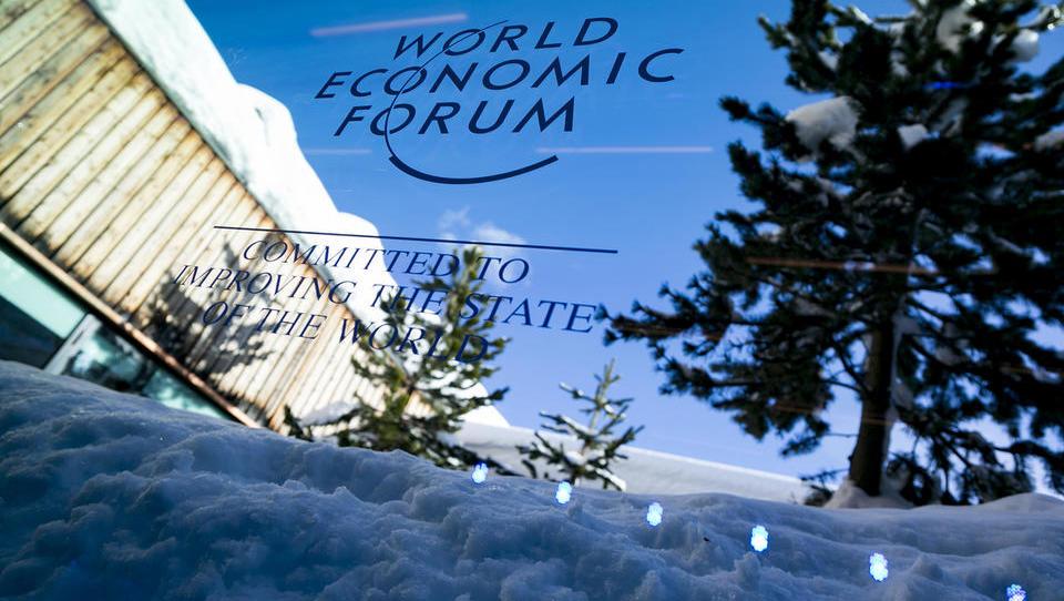 Kdo od Slovencev gre v Davos