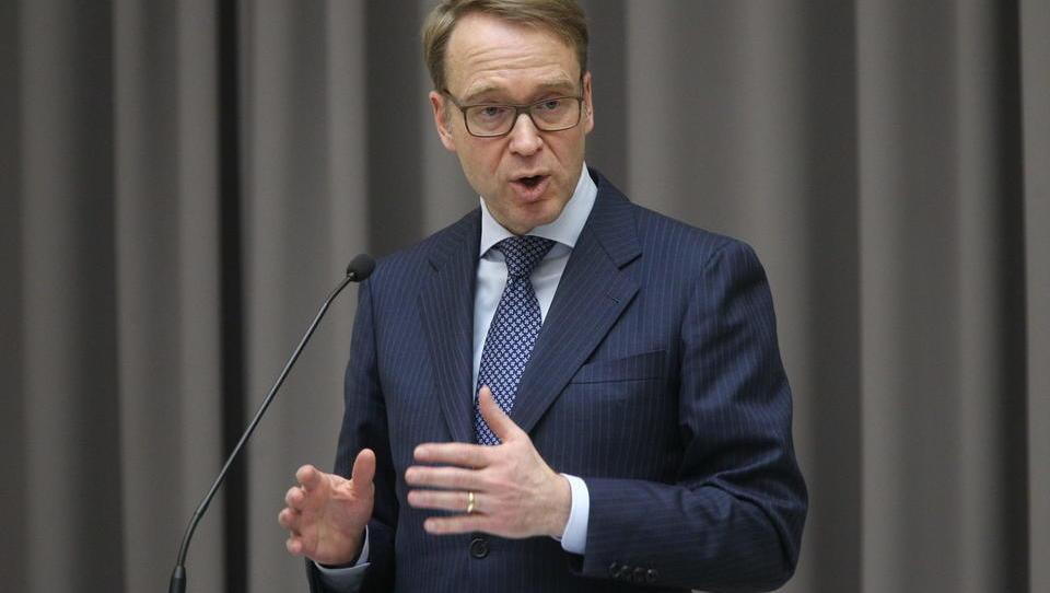 Weidmann v avli Banke Slovenije: Efekt inflacije enak rezom obrestnih mer