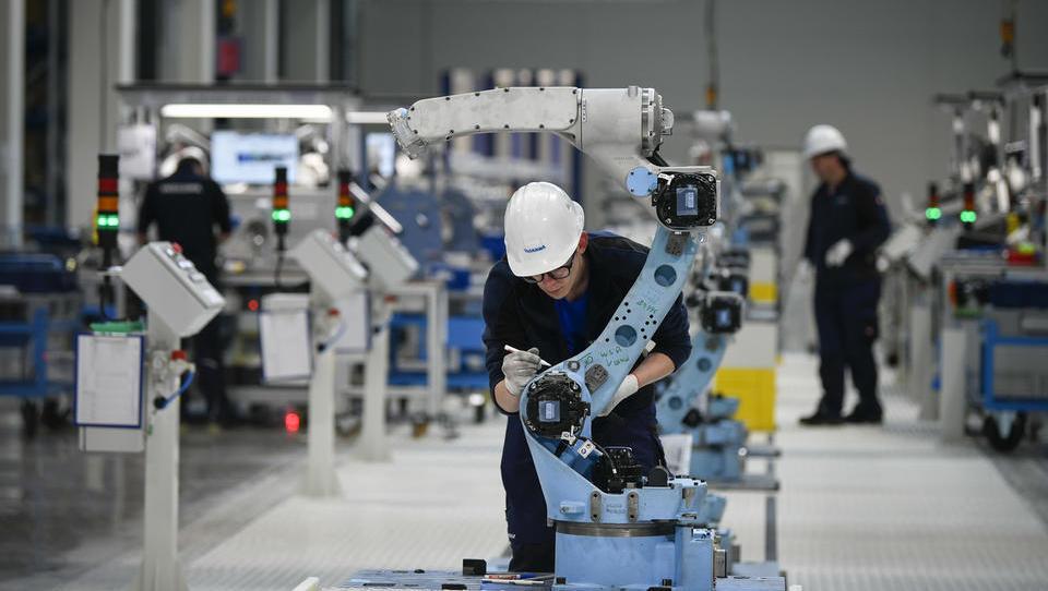 (foto) Yaskawa bo gradila dobaviteljsko verigo. Koga so že izbrali?