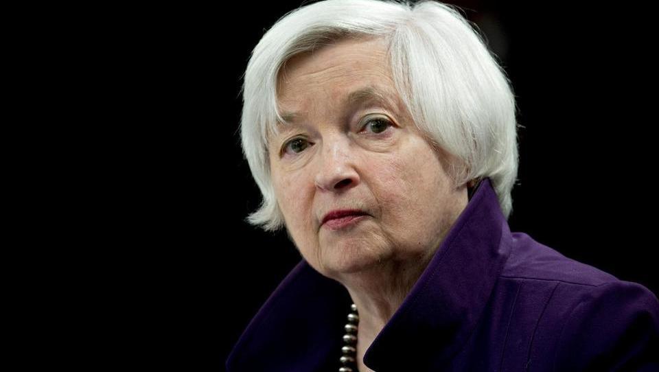 Ko centralni bančniki zrejo v inflacijske krivulje