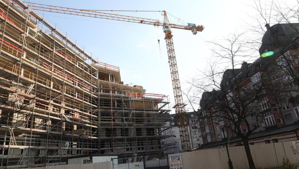 Nemška vlada z ukrepi proti pomanjkanju stanovanj in visokim najemninam