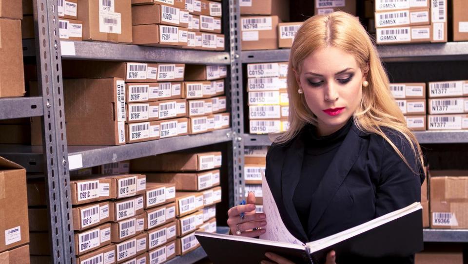 Zaloge vplivajo na poslovni izid in davčno osnovo podjetja
