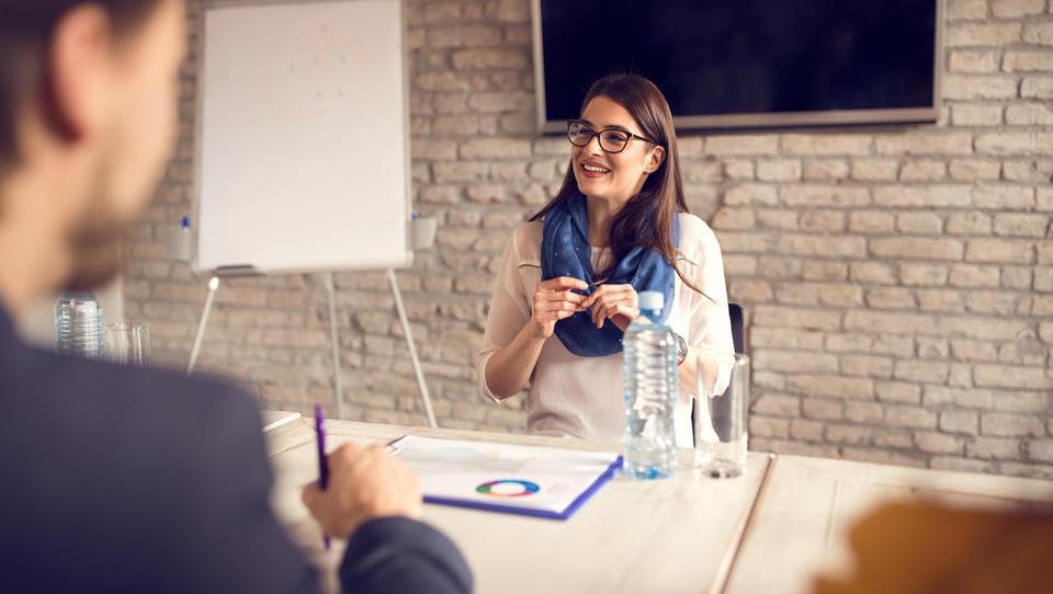 Zakaj morate s kandidati za službo ravnati kot s svojimi kupci