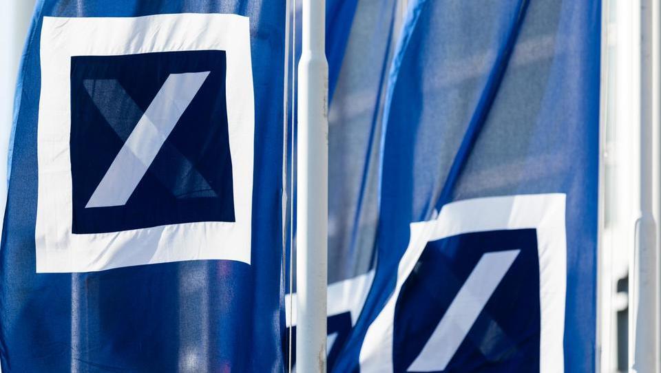 Deutsche Bank v ZDA ne bi prestala resne recesije