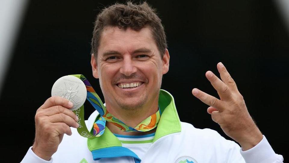 Po dveh medaljah ni imel za burek, zdaj pa …