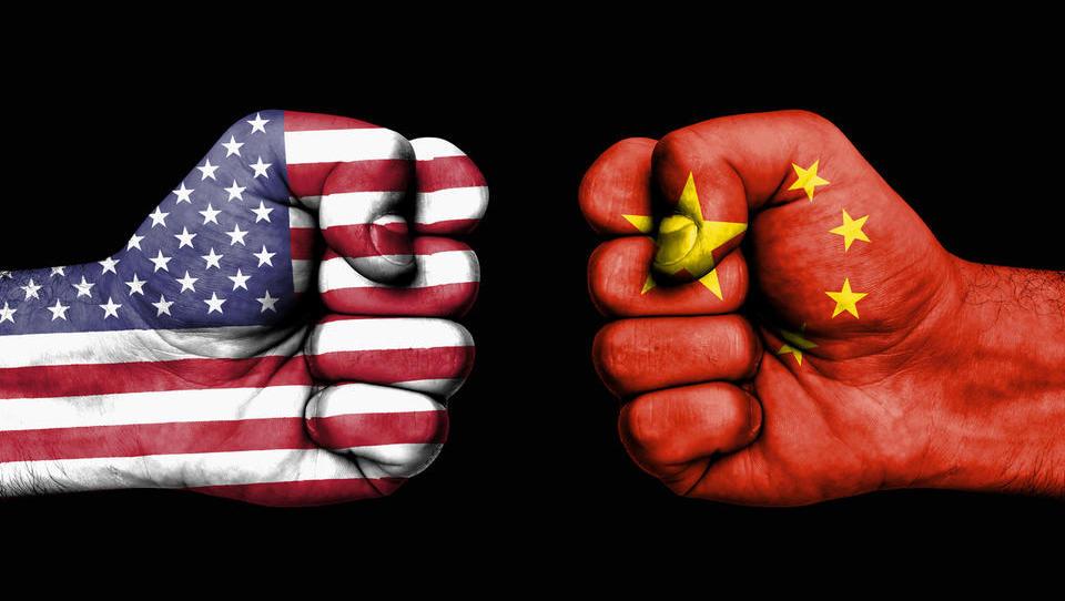 Trump grozi Kitajski s še višjimi carinami