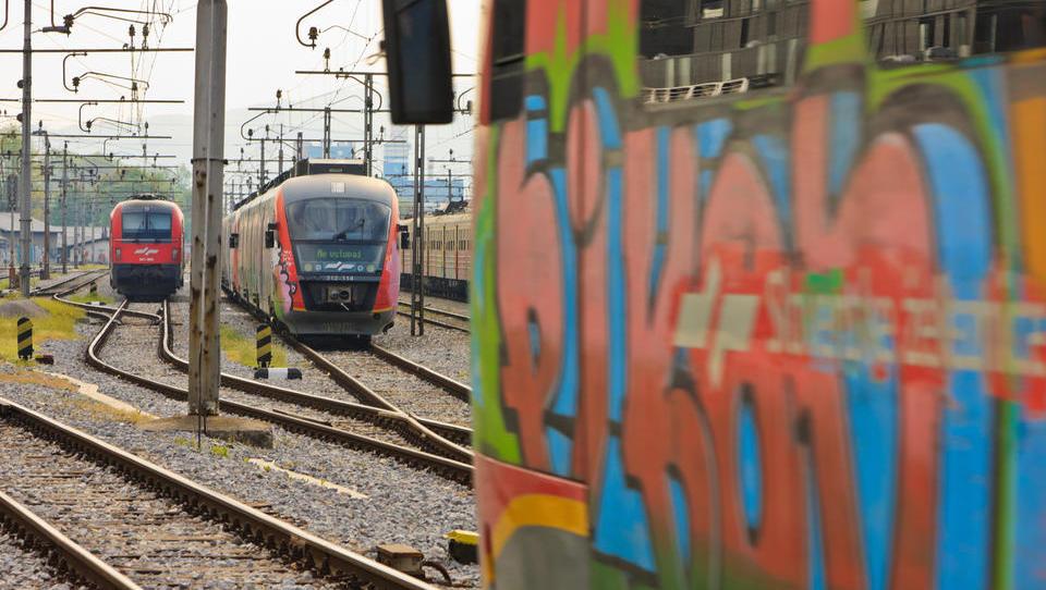 Vlaki okoli Ljubljane v 15-minutnem taktu? Za začetek prihaja še ena študija