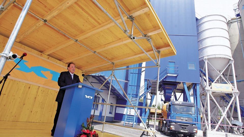 Pisarniški car poravnal kupnino za Zidarjevo betonarno v Črnučah