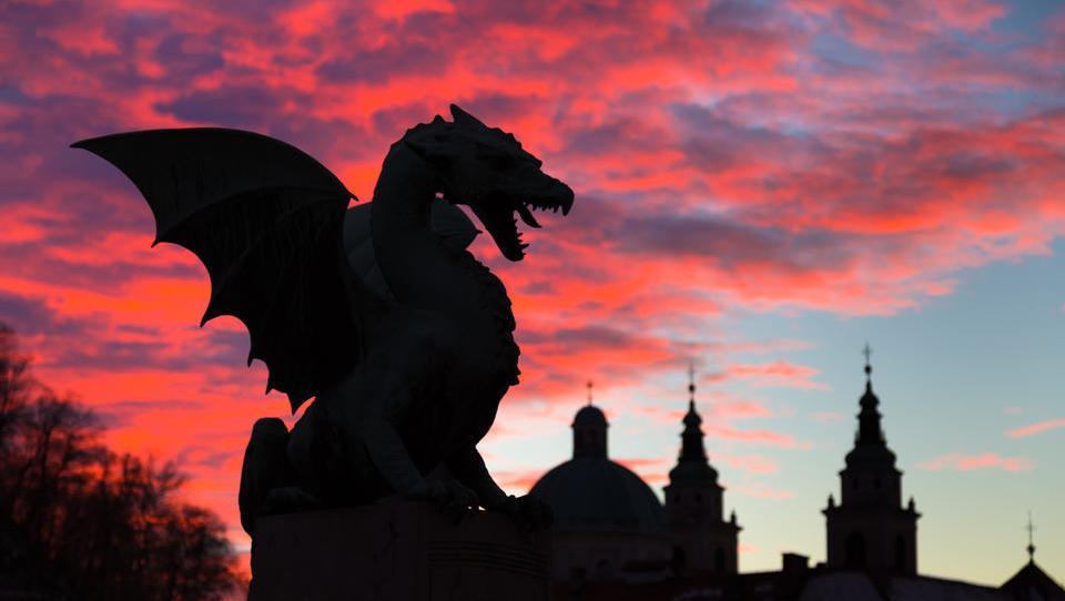 How to spend 3 to 48 hours in the City of Dragons