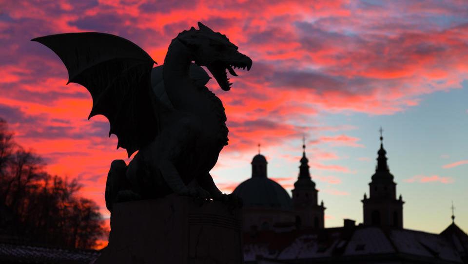 Как выжить 3 или 48 часов в городе драконов