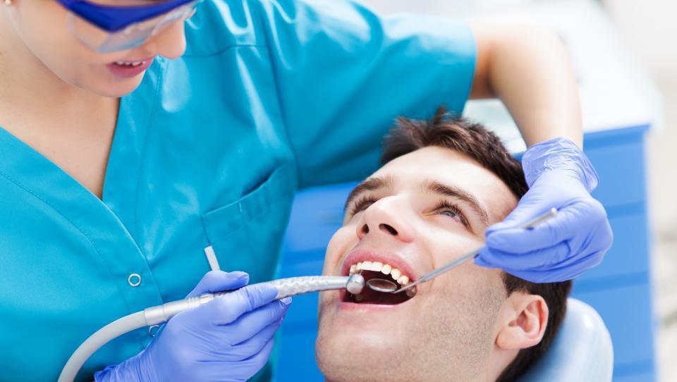 Tudi parodontalna bolezen je zaplet sladkorne bolezni