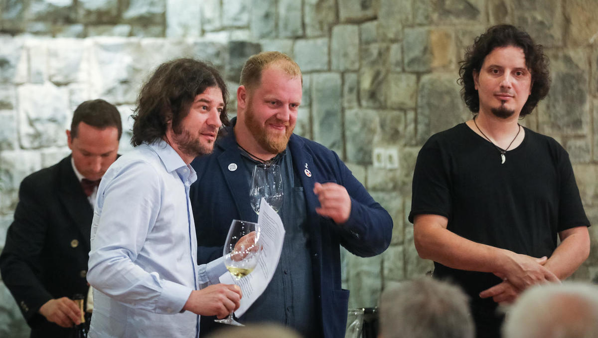 6. gourmet večer v Bernardinu: bitka za rebulo se je končala brez zmagovalca