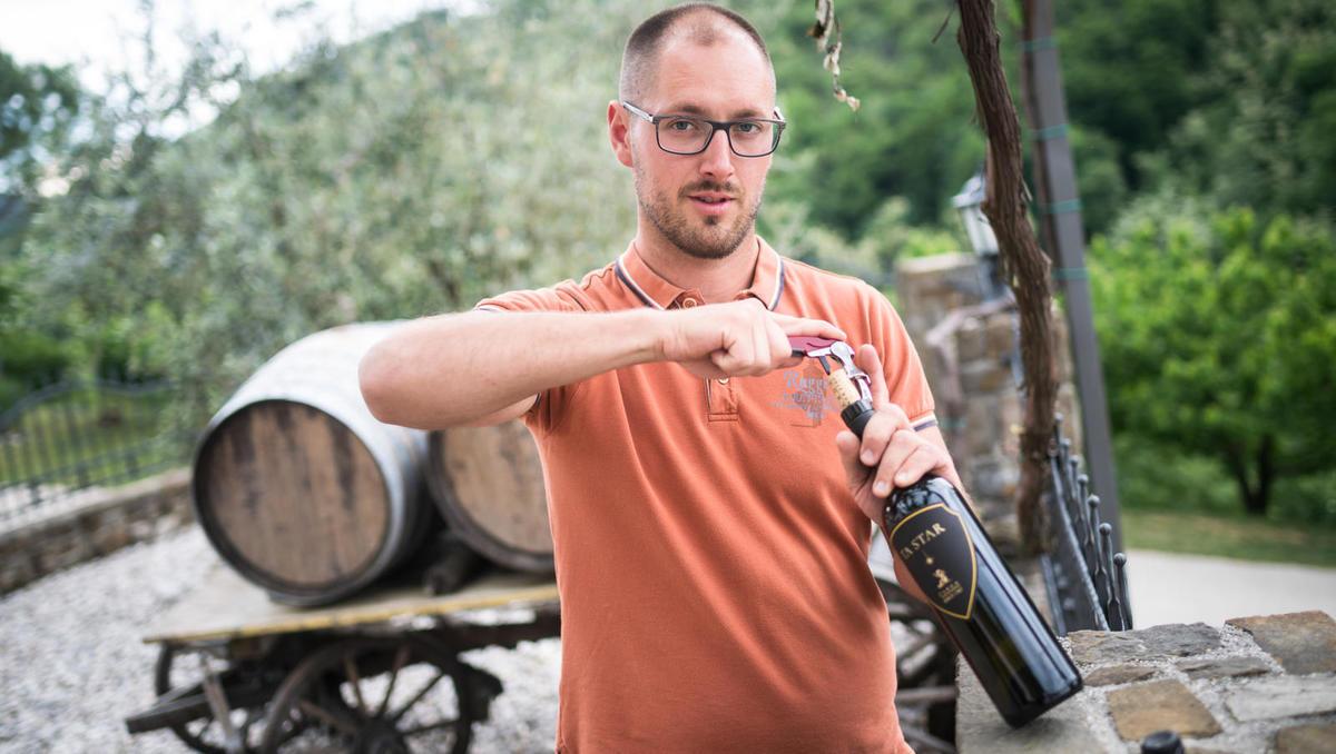 Od zemlje do vina: Zamaški diam jamčijo, da vino ne bo imelo vonja po zamašku