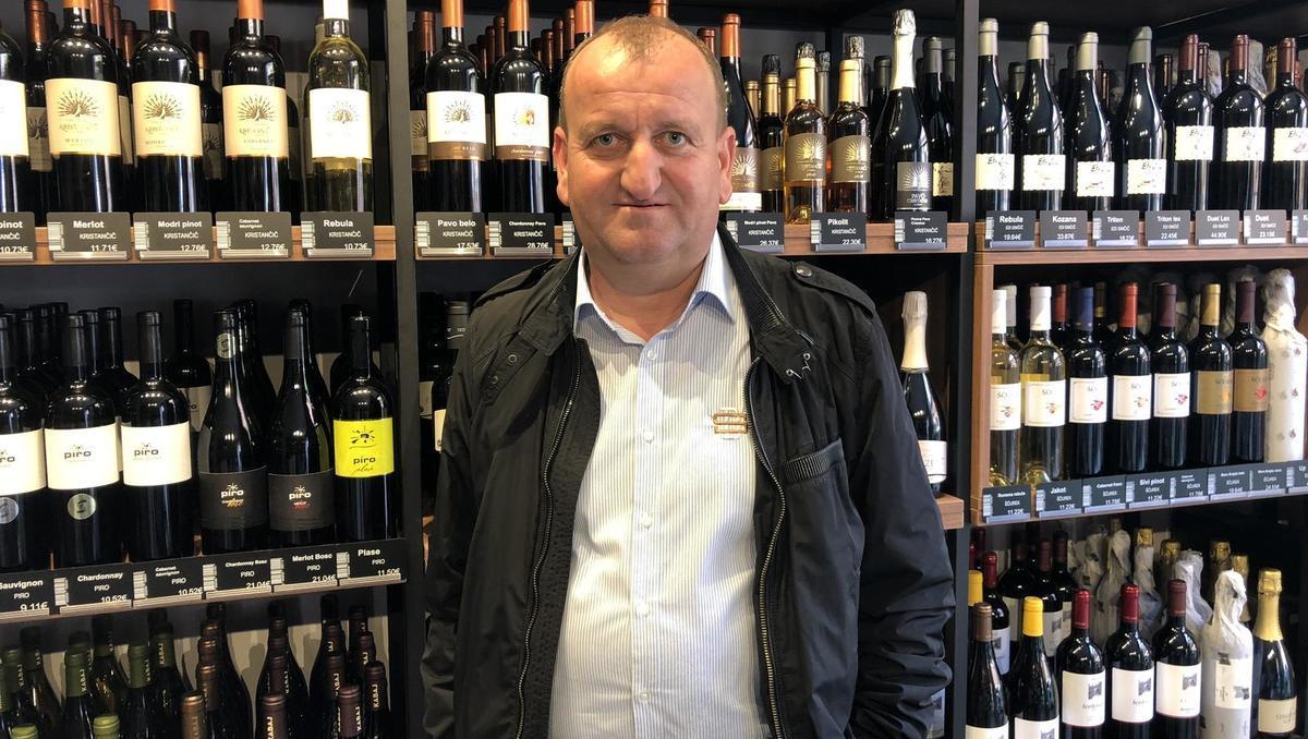 Vinski trgovec Jože Koželj: Pri vinu se dela kapljica za kapljico