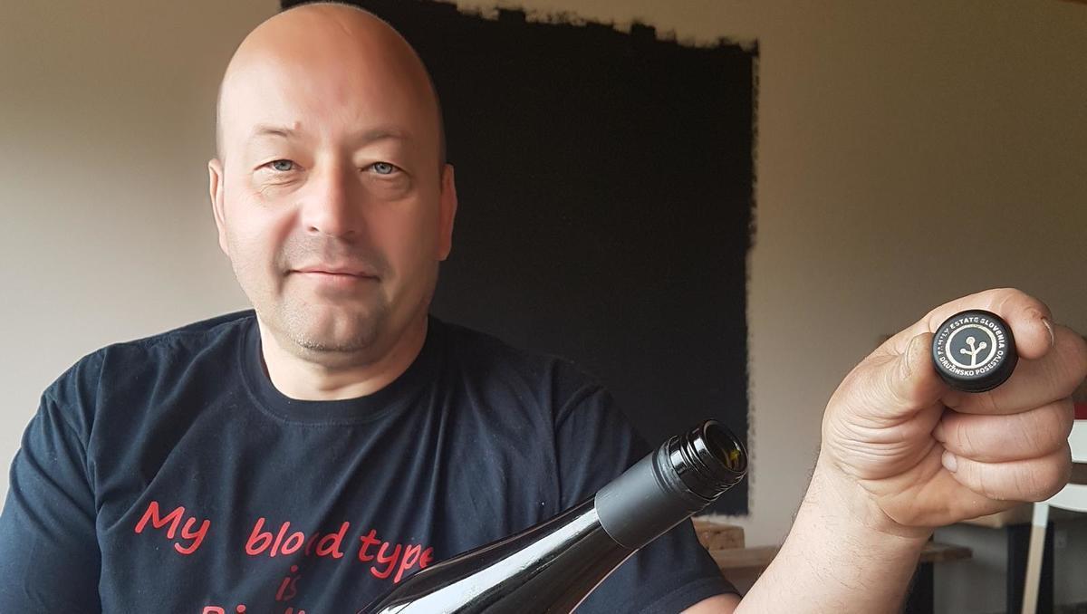 Od zemlje do vina: Navojni zamašek bolje tesni in v vinu ohranja svežino