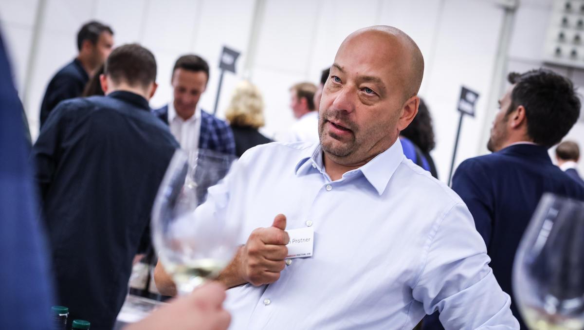 Kolumna Boštjana Protnerja: Ali je greh, če vinar naredi džin?
