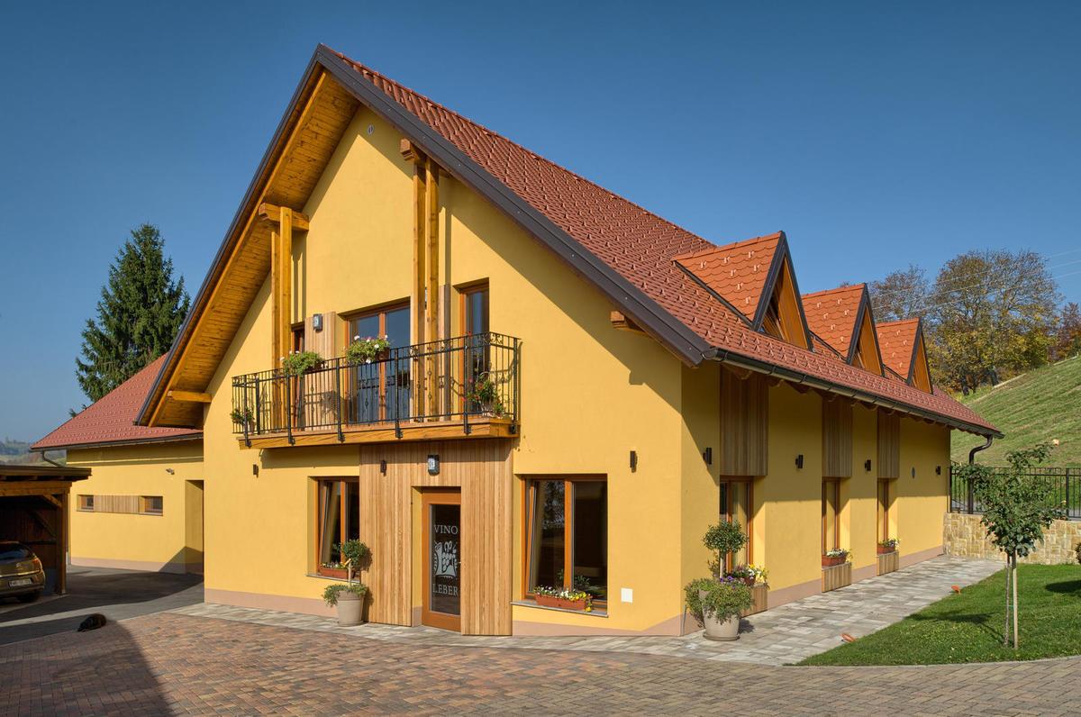 Vinar Igor Leber  Najboljši vinski sejem je turizem 1c17d3449b9